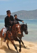 Horse-Riding-Lombok-Garuda-Mag-Apr14-17