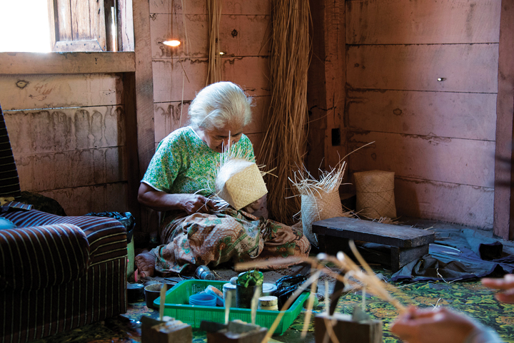 Kalimantan – The Plaited Craft