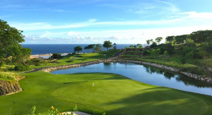 Cliff Top Golfing On The Bukit In Bali