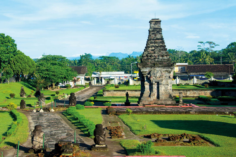 Blitar – Tales of Intrigue in East Java